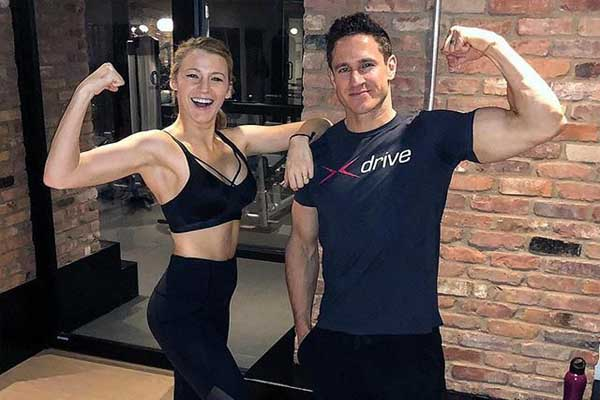 Blake Lively comparte los ejercicios