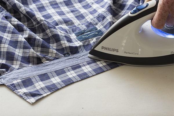 planchar cuello camisa